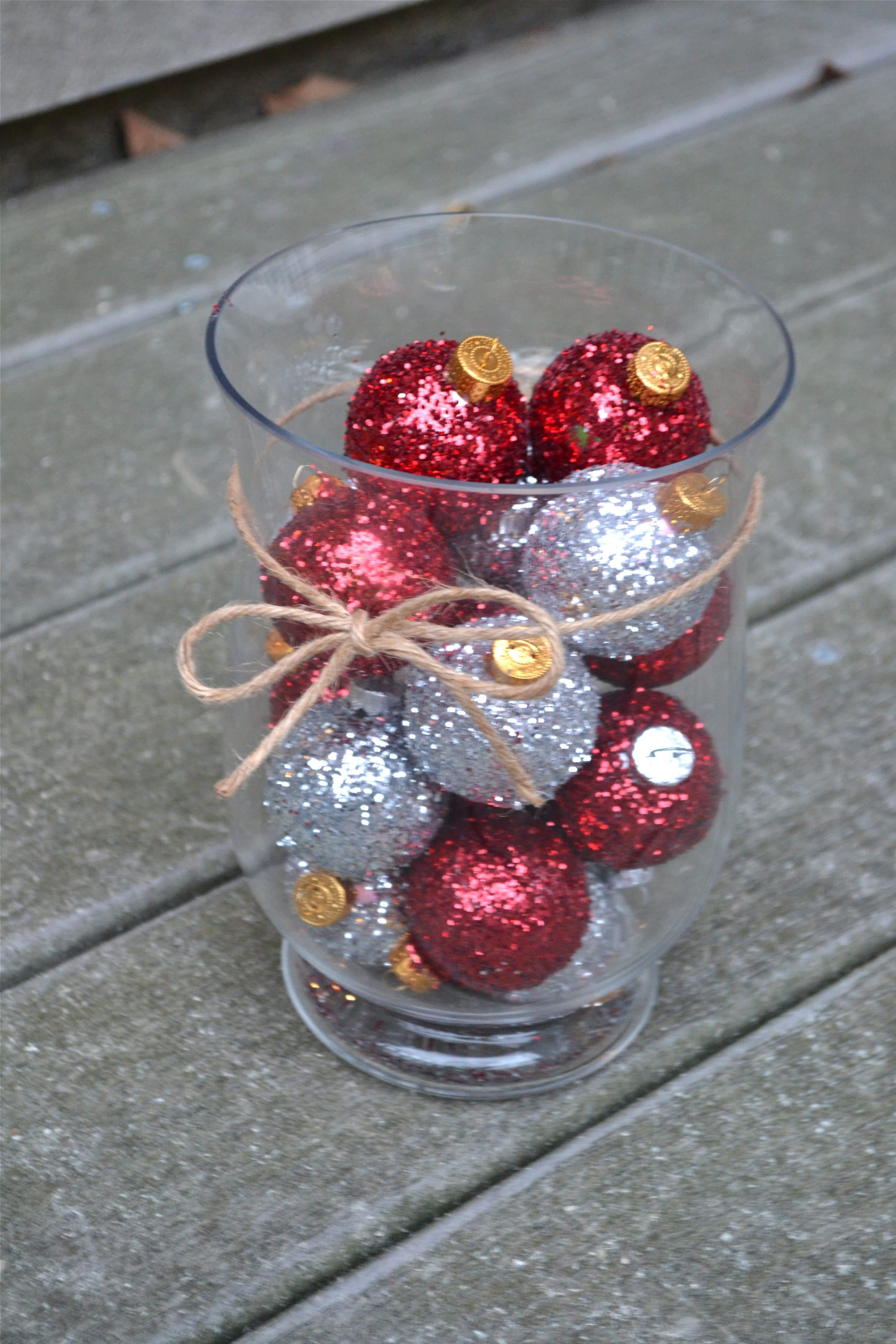 DIY Glitter Ornament Centerpiece
