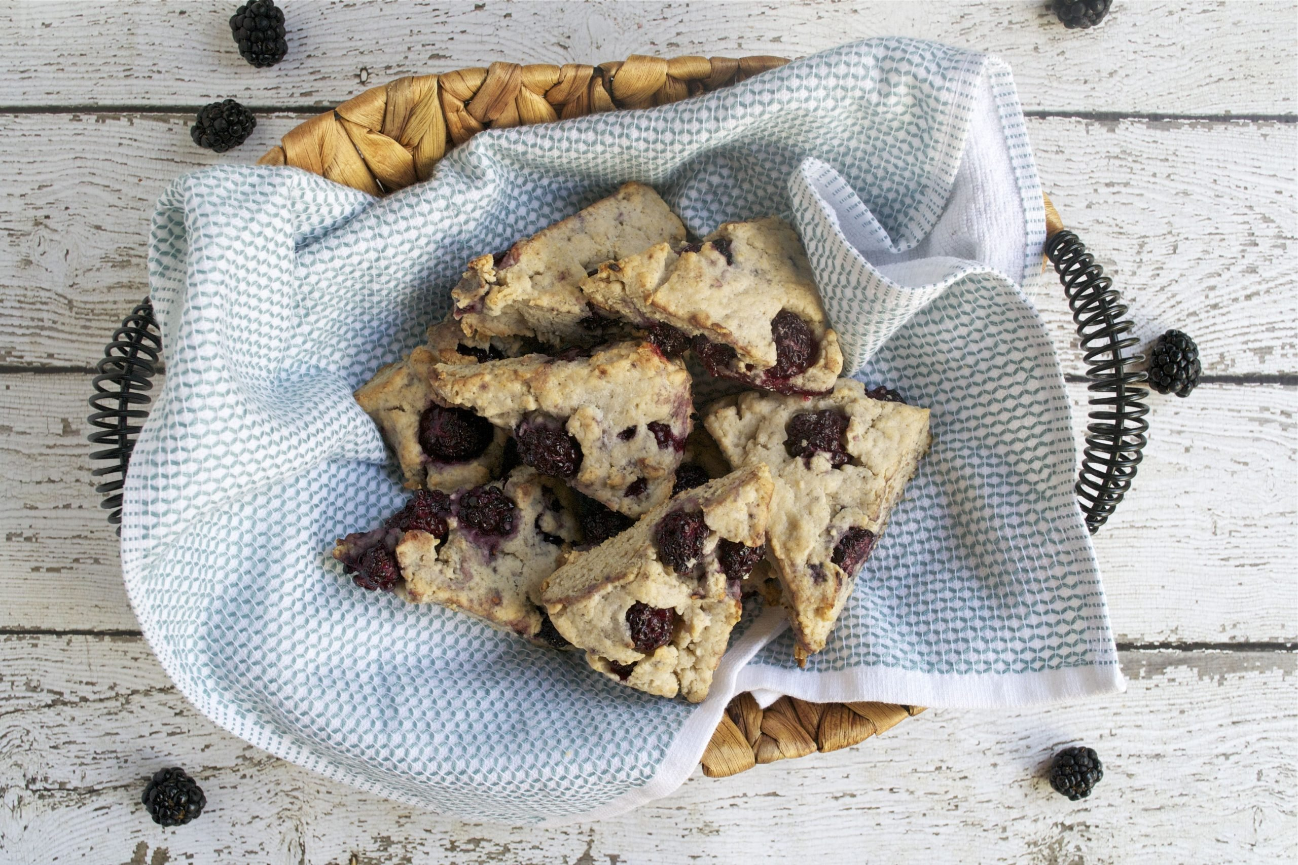 Blackberry Scones - gluten-free, vegan, sugar-free | A Dash of Megnut
