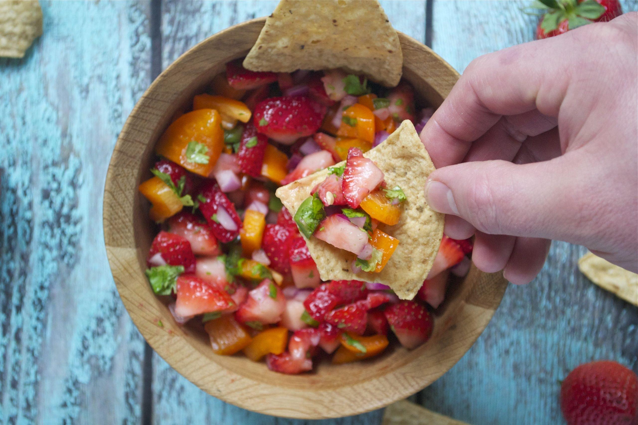 Strawberry Jalapeño Salsa (GF, DF, SF, V) - A Dash of Megnut