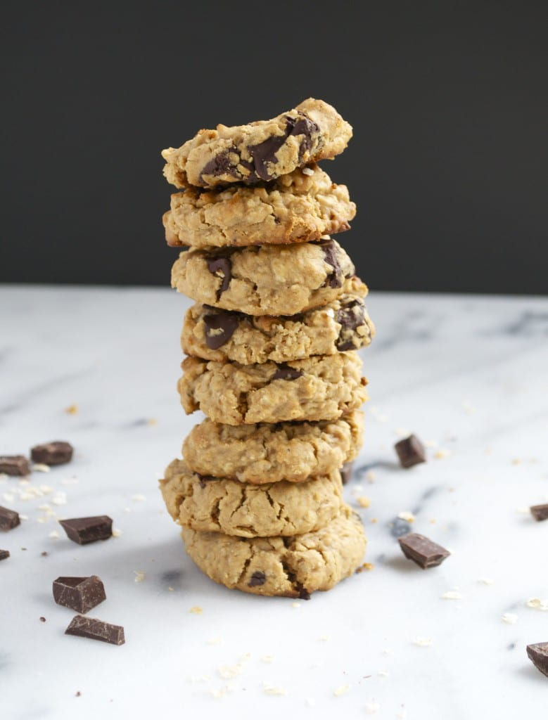 Vegan Peanut Butter Chocolate Chunk Cookies (GF, DF, V, RSF) - A Dash of Megnut