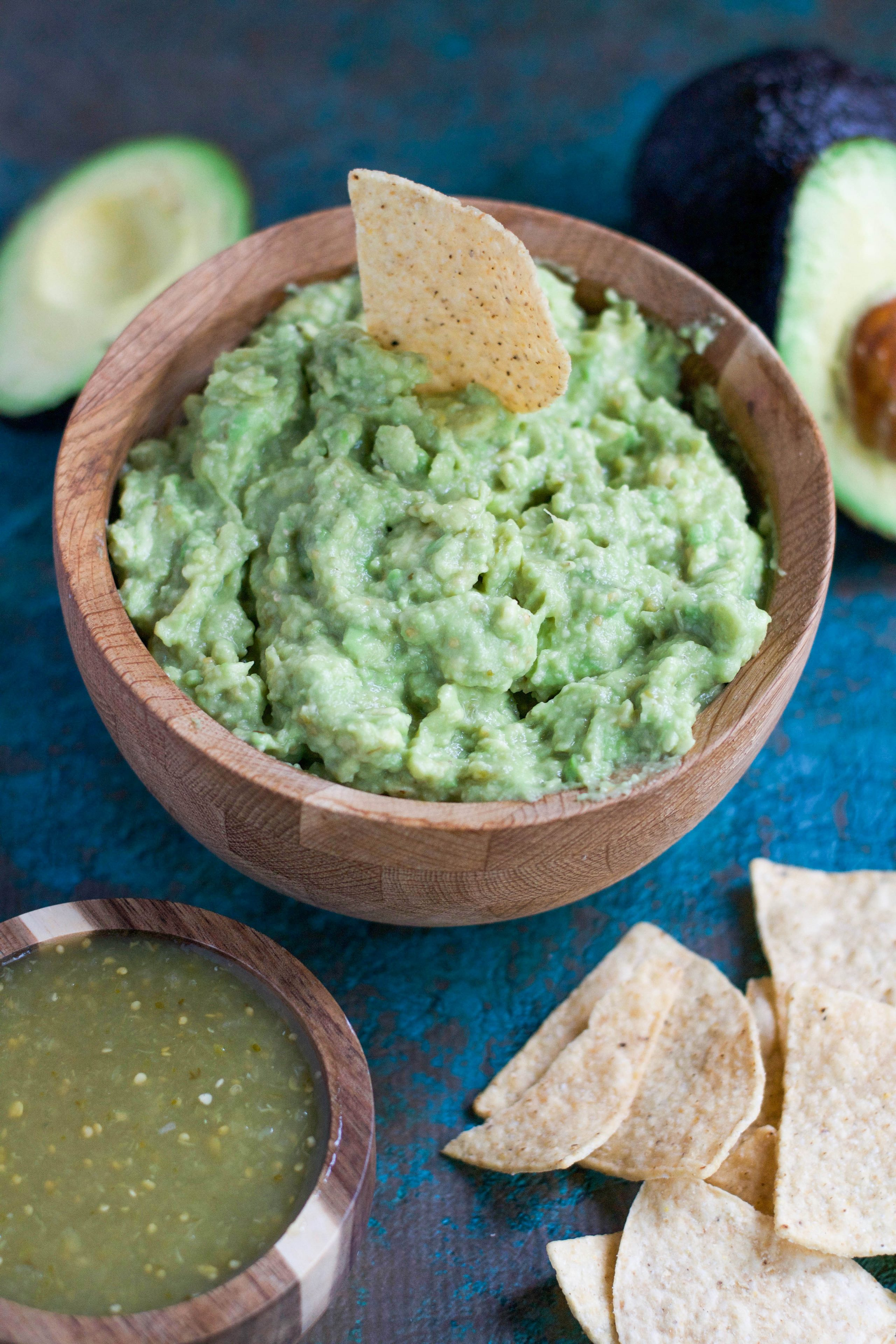 Lazy Girl Guacamole (GF, DF, V) - the easiest way to get guacamole in your belly NOW! 2 ingredients is all it takes!