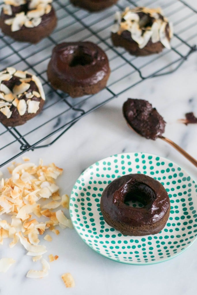 Baked Vegan Chocolate Donuts (GF, DF, V, RSF) - A Dash of Megnut